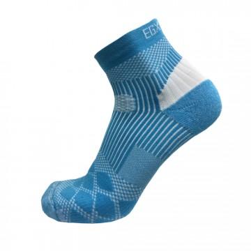 《8字繃帶》P82 PLUS中統多功8字繃帶運動襪(白/藍)