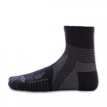 《8字繃帶》P82 中統多功8字繃帶運動襪(神秘黑)